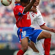 China's Xiaopeng Li and Costa Rica's Steven Bryce