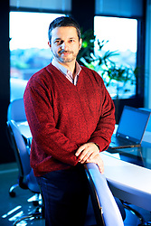 O do analista de custos, Gérson Worobiej, em seu escritório de Porto Alegre Alegre. FOTO: Jefferson Bernardes/Preview.com