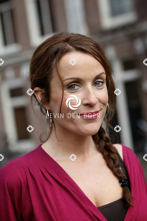 AMSTERDAM - Perspresentatie van SBS6 nieuwe dramaserie De Hoofdprijs. Met op de foto Annick Boer. FOTO LEVIN DEN BOER / PERSFOTO.NU