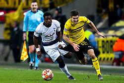 Christian Pulisic of Borussia Dortmund goes past Davinson Sanchez of Tottenham Hotspur - Mandatory by-line: Robbie Stephenson/JMP - 13/02/2019 - FOOTBALL - Wembley Stadium - London, England - Tottenham Hotspur v Borussia Dortmund - UEFA Champions League Round of 16, 1st Leg