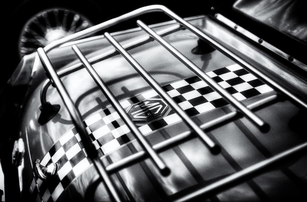 MG luggage rack