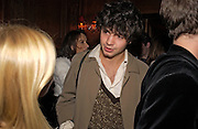 Conrad Shawcross, Tatler magazine Little Black Book party, Tramp. Jermyn St. 10 November 2004. ONE TIME USE ONLY - DO NOT ARCHIVE  © Copyright Photograph by Dafydd Jones 66 Stockwell Park Rd. London SW9 0DA Tel 020 7733 0108 www.dafjones.com