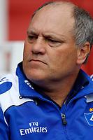 Photo: Richard Lane/Richard Lane Photography. SV Hamburg v Real Madrid. Emirates Cup. 02/08/2008. Hamburg's manager, Martin Jol.