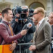 NLD/Tilburg/20170427- Koningsdag 2017, Bernhard Jr. word geintervieuwd door SBS Shownieuws