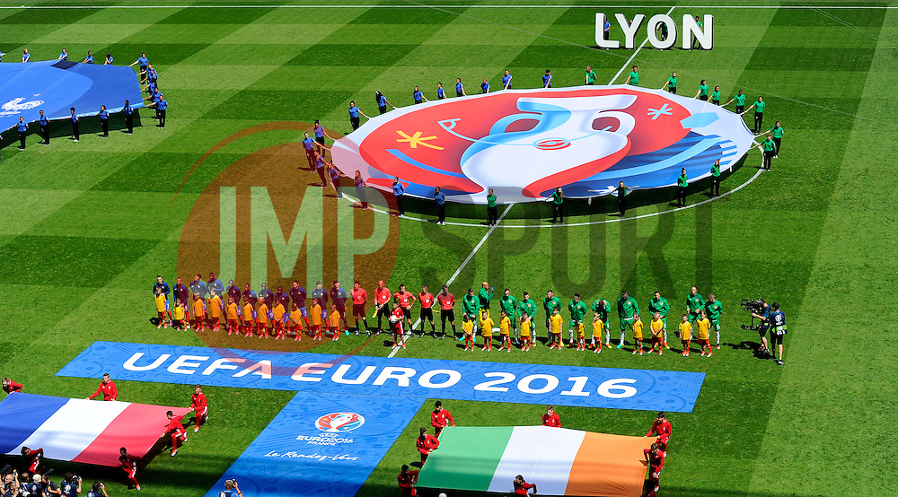 Republic of Ireland and France line up  - Mandatory by-line: Joe Meredith/JMP - 26/06/2016 - FOOTBALL - Stade de Lyon - Lyon, France - France v Republic of Ireland - UEFA European Championship Round of 16