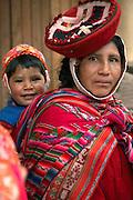 Mother and child  Ollantaytambo, Peru