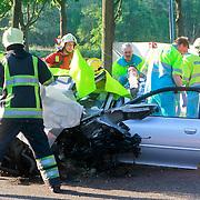 NLD/Huizen/20110504 - Ongeval met beknelling Randweg Oost in Blaricum