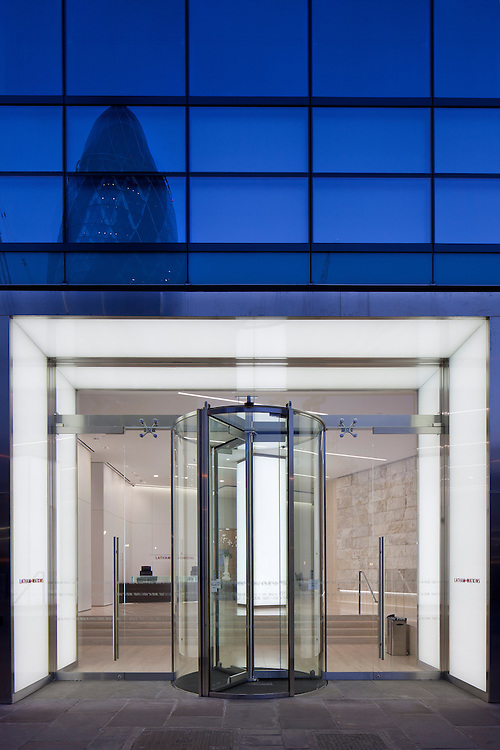Latham and Watkins office, London, by Gensler.