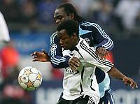 Fotball<br /> 11.12.2007<br /> Foto: Witters/Digitalsport<br /> NORWAY ONLY<br /> <br /> v.l. Gerald Asamoah, Abdou Razack Traore Rosenborg<br /> <br /> Champions League FC Schalke 04 - Rosenborg BK Trondheim
