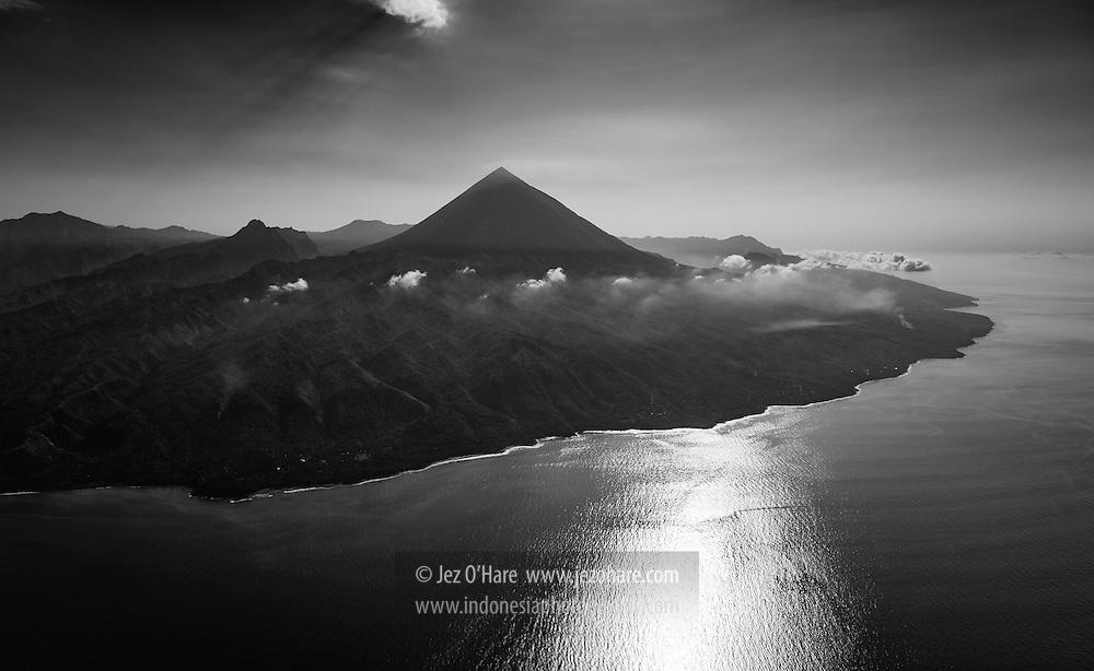 Gunung Inerie, Bajawa, Flores, Nusa Tenggara Timur, Indonesia