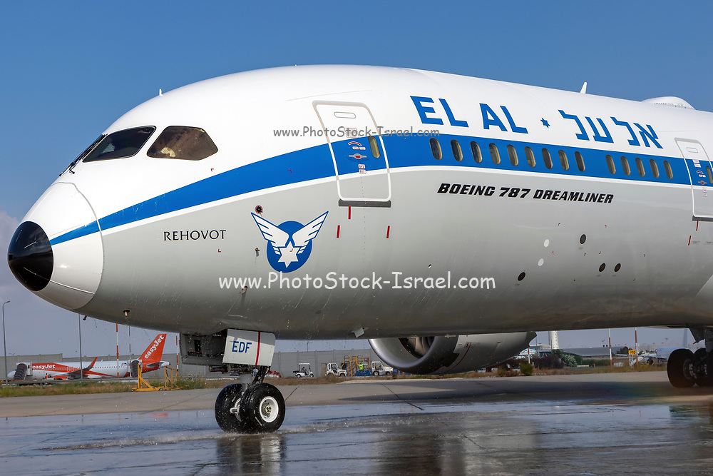 El Al Boeing 787-9 Dreamliner Photographed at Ben-Gurion Airport, Israel