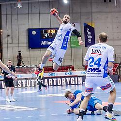 Tim Kneule (FRISCH AUF! Goeppingen #4) ; LIQUI MOLY HBL 20/21  1. Handball-Bundesliga: TVB Stuttgart - FRISCH AUF! Goeppingen am 24.04.2021 in Stuttgart (SCHARRena), Baden-Wuerttemberg, Deutschland beim Spiel in der Handball Bundesliga, TVB 1898 Stuttgart - FRISCH AUF! Goeppingen.<br /> <br /> Foto © PIX-Sportfotos *** Foto ist honorarpflichtig! *** Auf Anfrage in hoeherer Qualitaet/Aufloesung. Belegexemplar erbeten. Veroeffentlichung ausschliesslich fuer journalistisch-publizistische Zwecke. For editorial use only.
