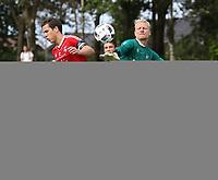 Fotball , 17. september 2016 , Eliteserien , PostNord-ligaen avd 3 , Vidar - Vålerenga 2<br />Aslak Falch fra Vålerenga 2 i aksjon mot Daniel Berntsen fra Vidar.<br />Foto: Andrew Halseid Budd , Digitalsport