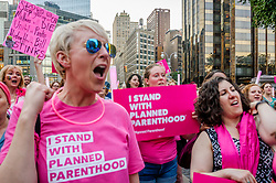 June 21, 2017 - New York, New York, United States - Planned Parenthood organized #PinkOut Day, in an effort to make lawmakers confront the cruelty of their health care bill by turning the internet pink, and showing up in cities and towns across the country wearing pink. (Credit Image: © Erik Mcgregor/Pacific Press via ZUMA Wire)