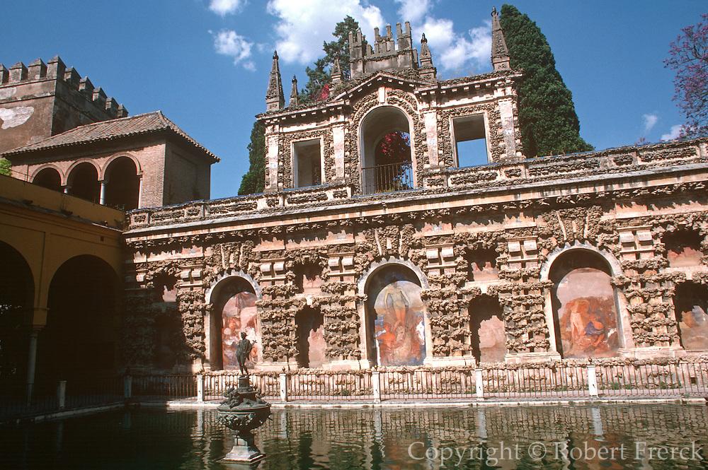 SPAIN, ANDALUSIA, SEVILLE Alcazar Palace; garden fountains