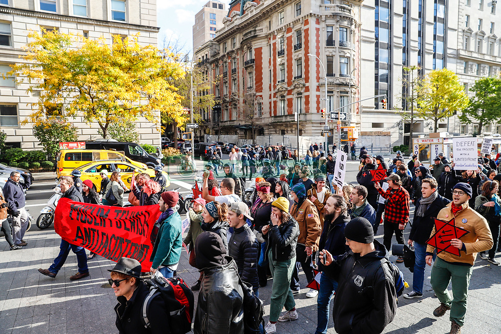 November 10, 2018 - New York, NEW YORK, UNITED STATES - Protest against fascism and anti-Semitism on the Upper East Side on Manhattan Island in New York City in the United States this Saturday, 10. Three protesters were arrested  (Credit Image: © William Volcov/ZUMA Wire)