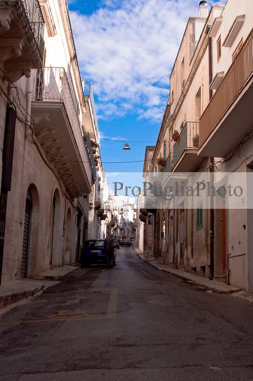 La cosiddetta salita di Sant'Antonio che attraversa la zona ottocentesca della città