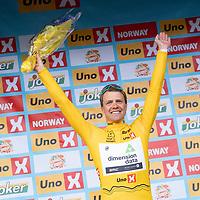 Edvald Boasson Hagen vant i Kristiansand under Tour of Norway sykkelritt etappe 2: Lyngdal - Kristiansand. Her med ledertrøya.