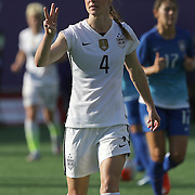 ORLANDO, FL - OCTOBER 25: Becky Sauerbrunn #4 of USWNT instructs teammates during a women's international friendly soccer match between Brazil and the United States at the Orlando Citrus Bowl on October 25, 2015 in Orlando, Florida. (Photo by Alex Menendez/Getty Images) *** Local Caption *** Becky Sauerbrunn
