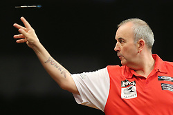13.06.2015, Eissporthalle, Frankfurt, GER, Darts World Cup of Nations 2015, Frankfurt, im Bild Phil Taylor (England), Spitzname - The Power, // during the Darts World Cup of Nations 2015 at the Eissporthalle in Frankfurt, Germany on 2015/06/13. EXPA Pictures © 2015, PhotoCredit: EXPA/ Eibner-Pressefoto/ Roskaritz<br /> <br /> *****ATTENTION - OUT of GER*****