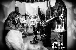 Bari. Chiesa Ortodossa. Momento di preghiera.