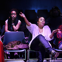 Nederland, Amsterdam , 24 oktober 2012..debat over de positie van zwarte mensen in de filmwereld onder de titel:Black actors, type casting & careers. N.a.v film alleen maar nette mensen..Op de foto enkele bezoekers in discussie tijdens het debat..Foto:Jean-Pierre Jans