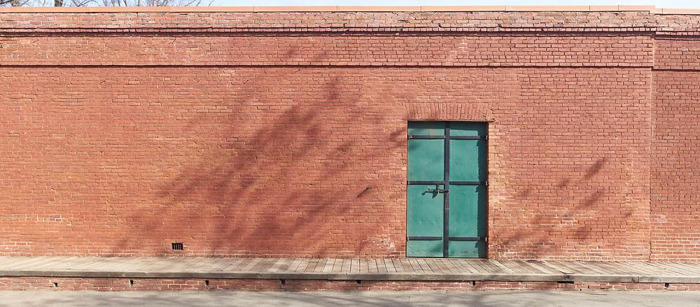 Brick wall, green door. (62284 x 27313 pixels)