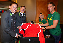 16.07.2016, Hotel Mariott, Wien, AUT, Olympia, Rio 2016, Einkleidung OeOC, im Bild Kathrin Unterwurzacher (links) und Bernadette Graf beide Judo // during the outfitting of the Austrian National Olympic Committee for Rio 2016 at the Hotel Mariott in Wien, Austria on 2016/07/16. EXPA Pictures © 2016, PhotoCredit: EXPA/ Erich Spiess