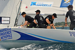Mirsky and his Wave Muscat team during qualyfing. Photo:Chris Davies/WMRT.
