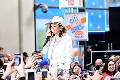 NY: Miley Cyrus performs - 26 May 2017