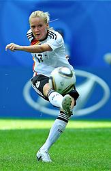20.07.2010, , Augsburg, GER, FIFA U-20 Frauen Worldcup, Frankreich vs Deutschland, im Bild Turid KNAAK (FCR Duisburg #17) beim Torschuss, Ganzkoerper / Ganzk^rper, Freisteller, Hochformat / Upright Format, Einzelaktion / Aktion, EXPA Pictures © 2010, PhotoCredit: EXPA/ nph/  Roth+++++ ATTENTION - OUT OF GER +++++ / SPORTIDA PHOTO AGENCY