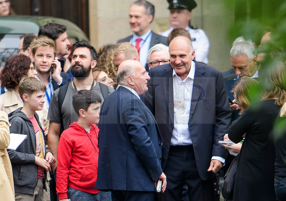 © Licensed to London News Pictures. 21/08/2017. London, UK.  MP STEPHEN POUND (centre) gathers with other MPs and member of the media in the grounds of The Houses of Parliament Parliament at mid day as Big Ben chimes for the last time ahead of repair works. The Great Bell, also known as Big Ben, is expected to be silent for up to four years as renovation work is carried out on the surrounding Elizabeth Clock Tower. The worlds most famous clock has sounded on the hour for 157 years and last fell silent for maintenance work in 2007. Photo credit: Ben Cawthra/LNP