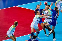 06-12-2019 JAP: Serbia - Slovenia, Kumamoto<br /> last match groep A at 24th IHF Women's Handball World Championship. / Teja Ferfolja #15 of Slovenia, Sladana Pop – Lazic #20 of Serbia, Jelena Lavko #9 of Serbia, Tjasa Stanko #10 of Slovenia
