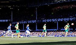 Everton's James McCarthy scores his sides first goal  - Mandatory byline: Matt McNulty/JMP - 15/05/2016 - FOOTBALL - Goodison Park - Liverpool, England - Everton v Norwich City - Barclays Premier League