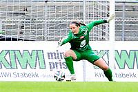 Fotball , 31. Mai 2014, Toppserien , Kvinner <br /> Stabæk - Arna Bjørnar<br /> Arna Bjørnars keepr Erin Jennifer McNulty slipper inn Stbæks mål til 2-0<br /> Foto: Sjur Stølen , Digitalsport