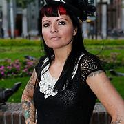 NLD/Amsterdam/20100913 - Verjaardagsfeestje Modemeisjes met een missie, Sanne Kraaijkamp