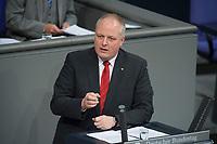 22 FEB 2013, BERLIN/GERMANY:<br /> Ulrich Kelber, MdB, SPD, Stellv. Vorsitzender der SPD-Bundestagsfraktion, Bundestagsdebatte zum Verbraucherschutz, Plenum, Deutscher Bundestag<br /> IMAGE: 20130222-01-009