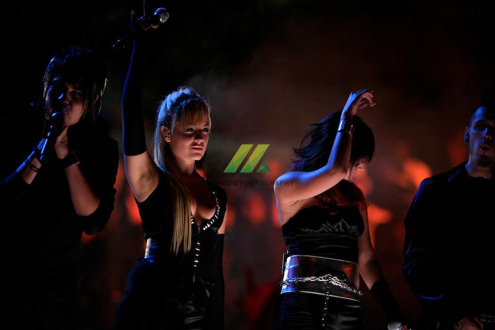 Kudai es una banda de música Pop Rock chilena. Este cuarteto originario de Chile y radicado en 2007 en México. Ha sido una de las bandas adolescentes mas populares en Latinoamerica, ganando diferentes premios, entre los que se cuentan los Premios MTV Latinoamerica en categorias de mejor artista pop y mejor grupo, entre otras.