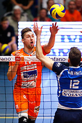 20150501 BEL: Volley Behappy2 Asse-Lennik - Knack Roeselare, Zellik<br />Robin Overbeeke (11) of Volley behappy2 Asse - Lennik<br />©2014-FotoHoogendoorn.nl / Pim Waslander