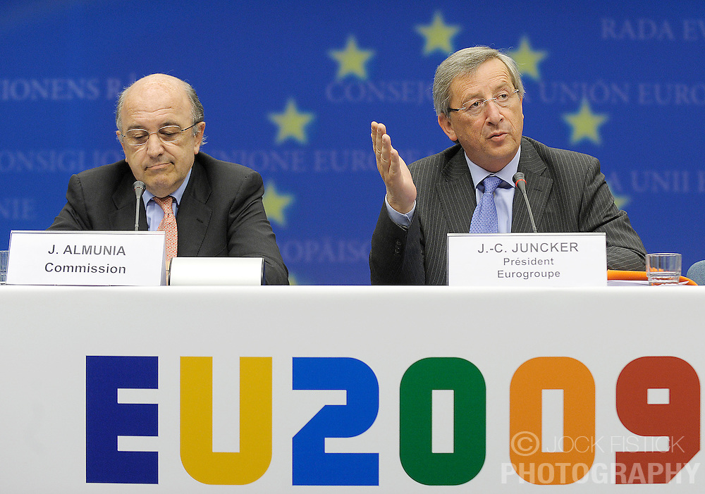 Jean-Claude Juncker, Luxembourg's prime minister and president of the Eurogroup, speaks during a news conference following the finance ministers Eurogroup meeting in Brussels, Belgium, on Monday, May, 4 2009. (Photo © Jock Fistick)