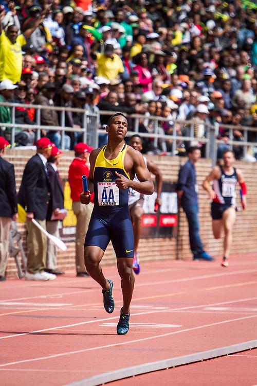 college men 4 x 200 meter relay, Championship of America, BU Boston University