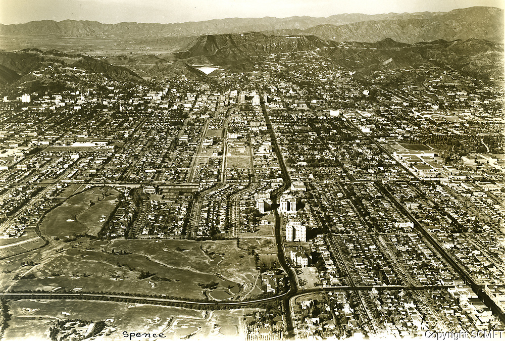 1930 Aerial looking north from Rossmore Ave. & Third St. Wilshire CC in the foreground
