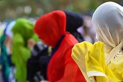 June 15, 2018 - Colombo, Sri Lanka - Sri Lankan Muslim women attend Eid al Fitr prayers at Galle Face, Colombo, Sri Lanka on Saturday, 16, June 2018. ..Eid al-Fitr marks the end of the fasting month of Ramadan. (Credit Image: © Tharaka Basnayaka/NurPhoto via ZUMA Press)