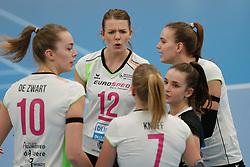 20190131 NED: Semi Final Cup Sliedrecht Sport - Eurosped, Sliedrecht <br />Rochelle Wopereis (12) of Team Eurosped Twente, Dagmar Boom (6) of Team Eurosped Twente<br />©2019-FotoHoogendoorn.nl / Pim Waslander