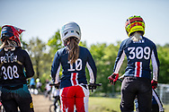 #308 (PETCH Rebecca) NZL, #10 (RENO Shealen) USA and #309 (SHAW Mikalyn) USA during practice of Round 3 at the 2018 UCI BMX Superscross World Cup in Papendal, The Netherlands