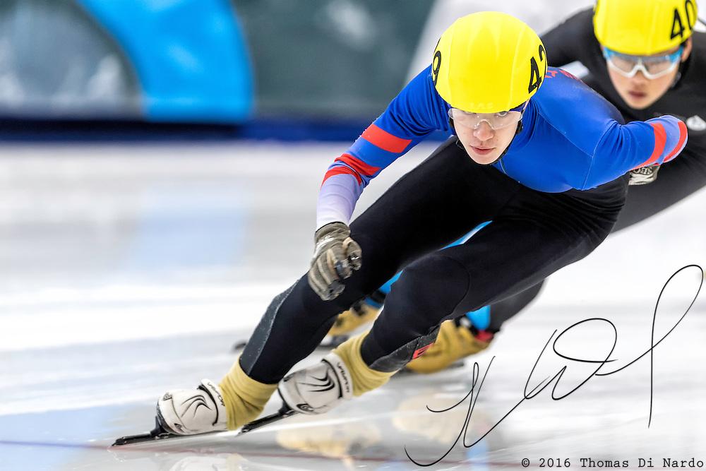December 17, 2016 - Kearns, UT - Raul Zaorski skates during US Speedskating Short Track Junior Nationals and Winter Challenge Short Track Speed Skating competition at the Utah Olympic Oval.