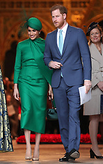 Harry & Meghan close together - 14 May 2020