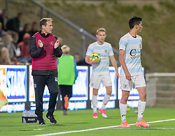 En tilfreds cheftræner Morten Eskesen (FC Helsingør) under kampen i 1. Division mellem FC Helsingør og Vendsyssel FF den 18. september 2020 på Helsingør Stadion (Foto: Claus Birch).
