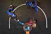 DESCRIZIONE :  Lega A 2014-15  EA7 Milano -Banco di Sardegna Sassari playoff Semifinale gara 7<br /> GIOCATORE : Elegar Frank<br /> CATEGORIA : Low Tiro Special<br /> SQUADRA : EA7 Milano<br /> EVENTO : PlayOff Semifinale gara 7<br /> GARA : EA7 Milano - Banco di Sardegna Sassari PlayOff Semifinale Gara 7<br /> DATA : 10/06/2015 <br /> SPORT : Pallacanestro <br /> AUTORE : Agenzia Ciamillo-Castoria/Richard Morgano<br /> Galleria : Lega Basket A 2014-2015 Fotonotizia : Milano Lega A 2014-15  EA7 Milano - Banco di Sardegna Sassari playoff Semifinale  gara 7<br /> Predefinita :