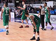 DESCRIZIONE : Cantu' Acqua Vitasnella Cantu' Sidigas Scandone Avellino<br /> GIOCATORE : Sidigas Scandone Avellino<br /> CATEGORIA : delusione<br /> SQUADRA : Sidigas Scandone Avellino<br /> EVENTO : Campionato Lega A 2015-2016<br /> GARA : Acqua Vitasnella Cantu' Sidigas Scandone Avellin<br /> DATA : 15/11/2015 <br /> SPORT : Pallacanestro <br /> AUTORE : Agenzia Ciamillo-Castoria/R.Morgano<br /> Galleria : Lega Basket A 2015-2016<br /> Fotonotizia : Cantu' Acqua Vitasnella Cantu' Sidigas Scandone Avellin<br /> Predefinita :